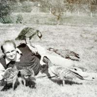 le sauveteur de l' espèce est l'anglais Peter Scott.  photo de1951